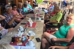 04_11 2019_08_31 Gruppe JTS auf Terrasse  Lokal PonderosaIMG-20190901-WA0017